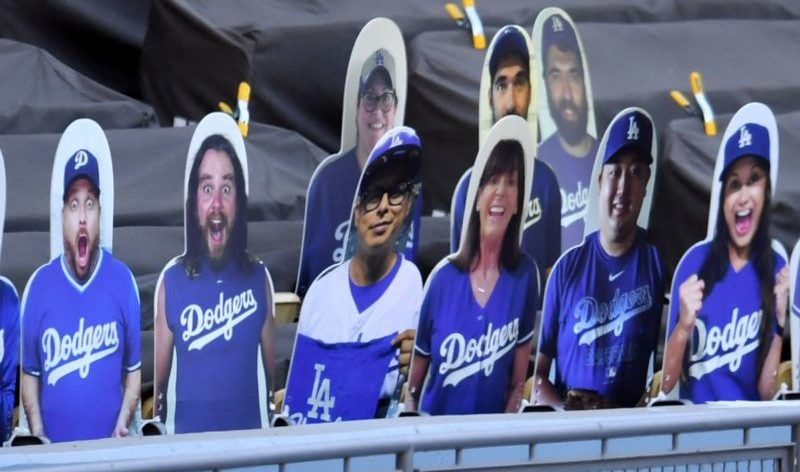 Ten Reasons Cardboard Baseball Fans Are Better Than Real Baseball Fans